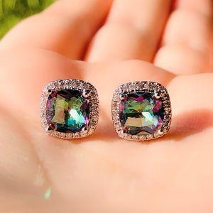 Jewelry - NWOT mystic topaz  sterling silver earrings